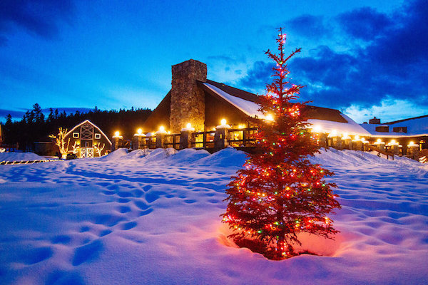 5 magical resorts and hotels to spend the holidays